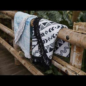 DSW Beach Blanket Wrap